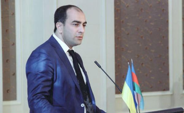 Депутат Верховной Рады призывал протестующих в Ереване свергнуть правительство Азербайджана