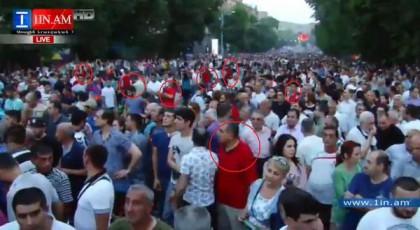 Майданщиков в Ереване пора сажать