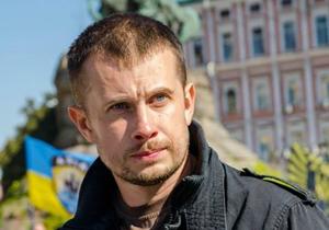 """Комбат """"Азова"""" обвинил Коломойского в """"отмывании денег"""" на бензине"""