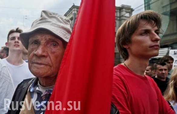 Медведев: правительство РФ будет корректировать пенсионное законодательство