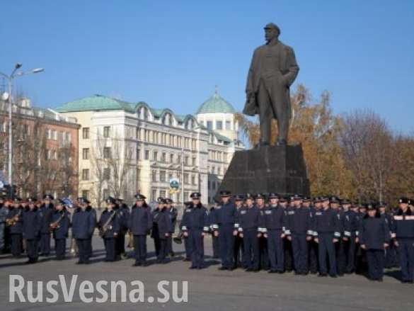 Донецкие милиционеры, служащие Киеву, поголовно хотят вернуться в ДНР, — экс-подполковник ГАИ МВД Украины