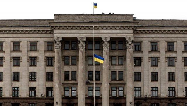 Саакашвили отдал морякам одесский Дом профсоюзов