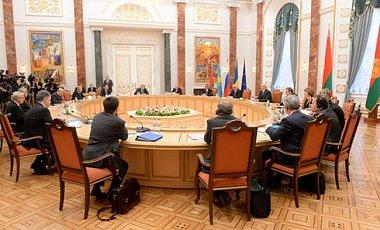 Списки на обмен Киев контактной группе не представил