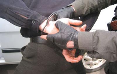 Украинский контрактник ехал в отпуск с украденным боекомплектом
