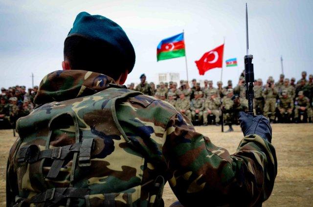 """""""Азербайджанская армия в состоянии готовности"""""""