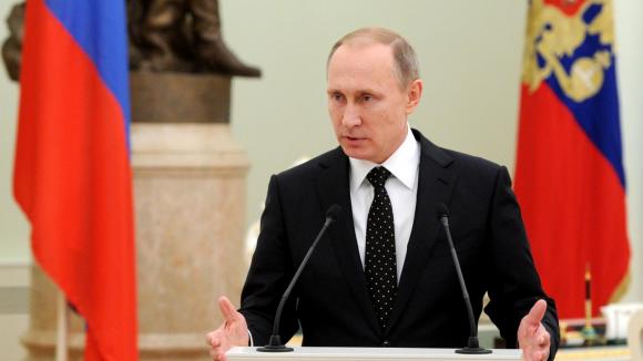 Путин поручил подать в суд на Украину из-за долга в 207 млрд