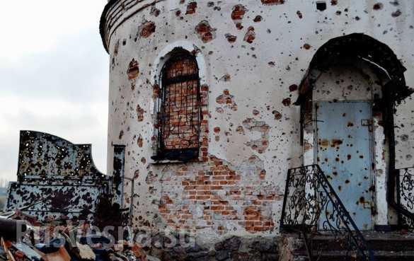 Cтрашные разрушения Иверского монастыря под Донецком: обстрелянный храм, разоренное кладбище (ФОТОЛЕНТА) | Русская весна