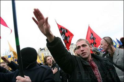 Польские журналисты вдруг обнаружили культ национализма на Украине, причем в высших эшелонах власти!
