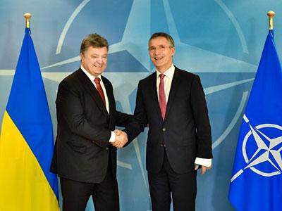 Президент Порошенко в штаб-квартире НАТО: «Всегда приятно чувствовать себя в кругу настоящих друзей и союзников»