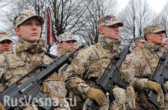 Русские идут: латвийские военные сообщили о российских самолетах и кораблях у морской границы