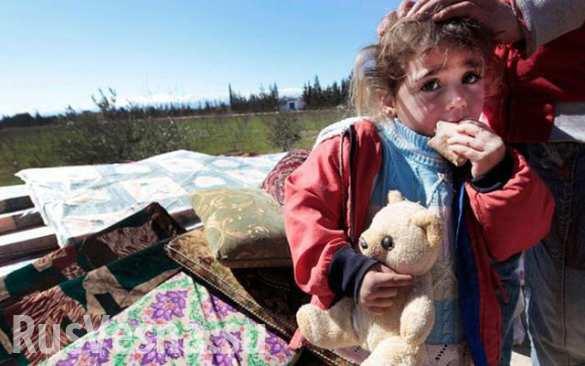 Российские военные доставили три тонны гуманитарной помощи сиротам Дамаска (ВИДЕО)