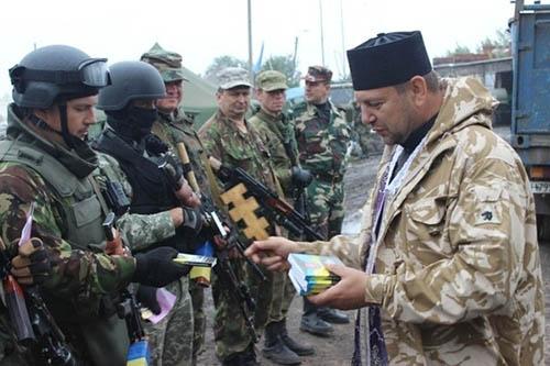 Тернопольских священников зовут в «АТО» помогать карателям