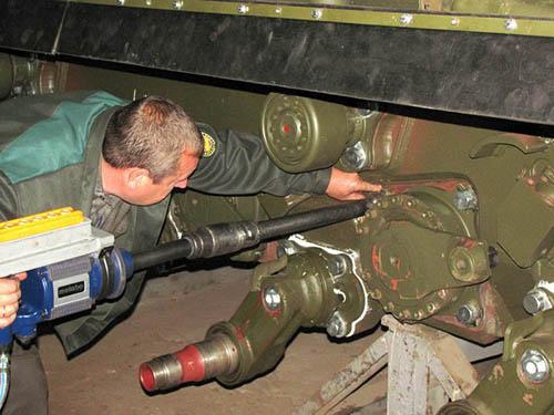Львовский бронетанковый завод заплатил почти 9 миллионов гривен из-за несвоевременного ремонта танков