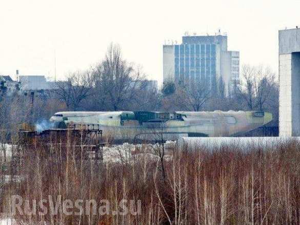 Несбывшаяся «Мрия»: пока украинцы летают на одном самолете, второй гниет на пустыре (ФОТО) | Русская весна