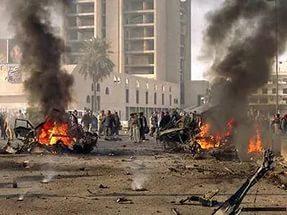 В результате трех взрывов в Багдаде погибли 72 человека, 140 ранены