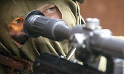 Журналистов НТВ на Донбассе обстреляли украинские снайперы