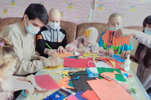 Жители Ханты-Мансийска помогли онкобольным детям ДНР