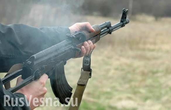 В руках жителей украинских сел — оружейные арсеналы (ФОТО)